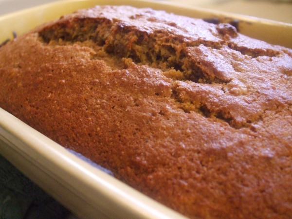 MDApplesauce Bread 009