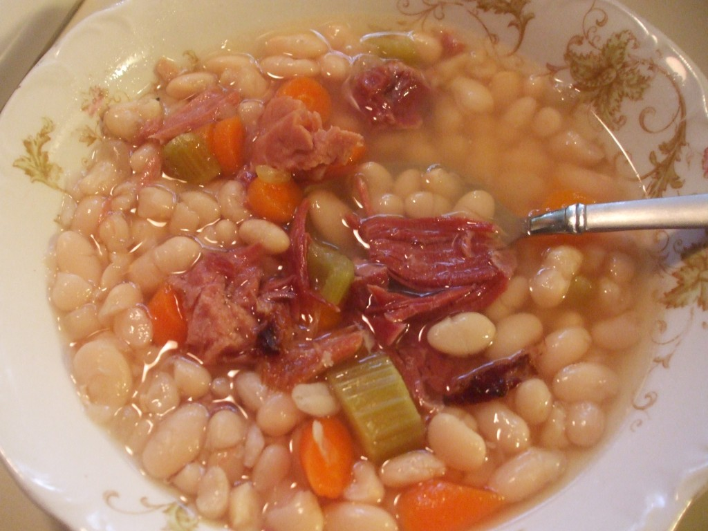 Bean and Ham Soup – Mamal Diane