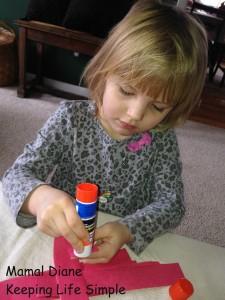Red Paper Chain ~ Preschool Craft 014
