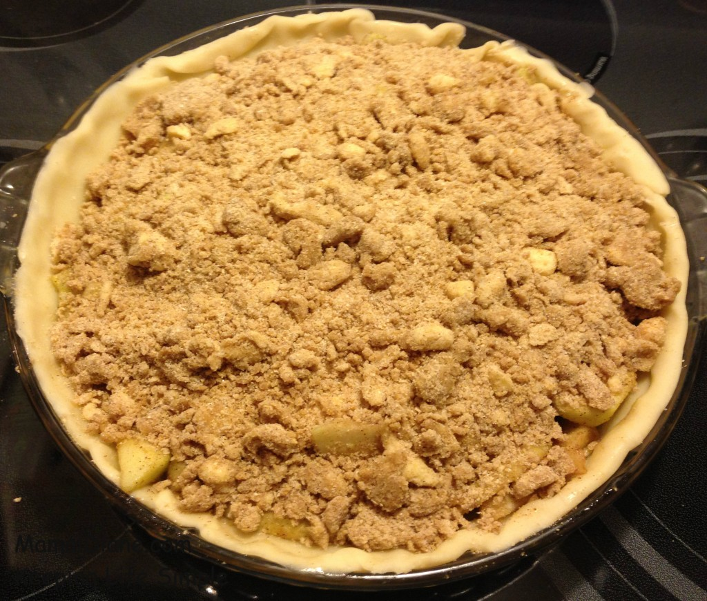 Apple Crumb Pie 028