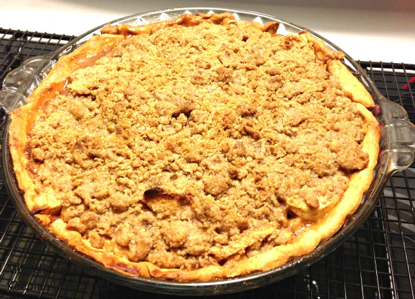 Apple Crumb Pie 031a