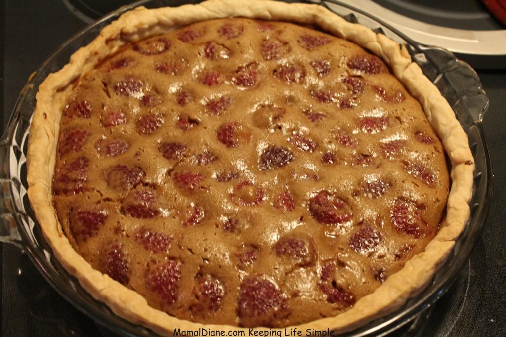 Creamy Raspberry Crunch Pie 9