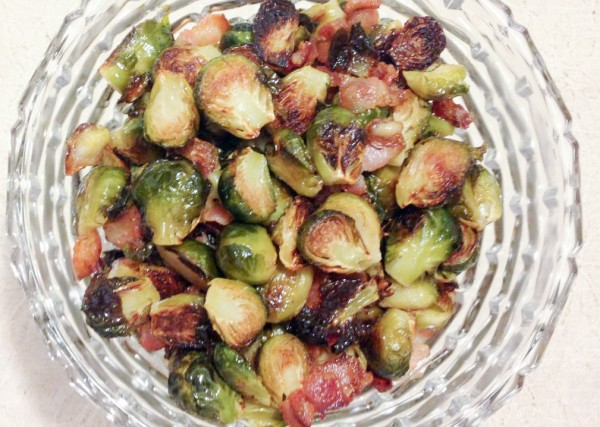 Roasted-Brussel-Sprouts-with-Bacon-0191-1012x1024 (2)