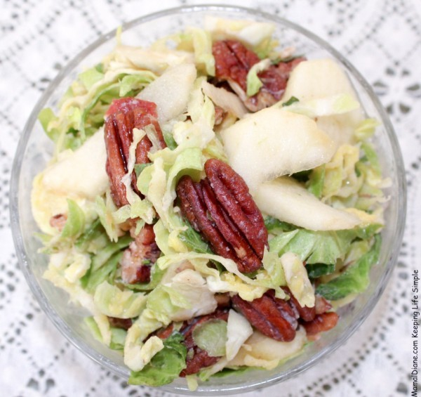 Sliced-Brussels-Sprouts-with-Bacon-Vinaigrette-4-1024x964 (1)