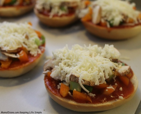Mini Bagel Pizzas 016