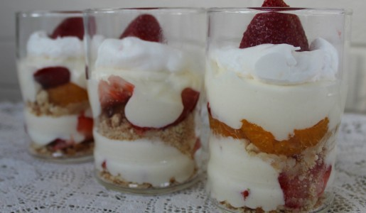 Strawberry Cheesecake Parfait 030