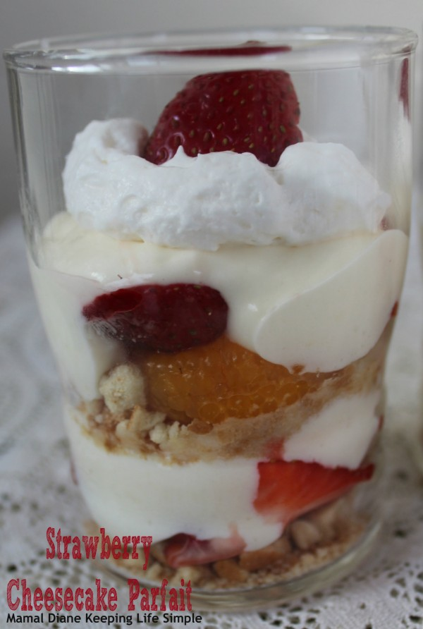 Strawberry Cheesecake Parfait 043