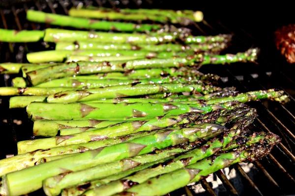Roasted Asparagus Salad with Hemp Hearts 032