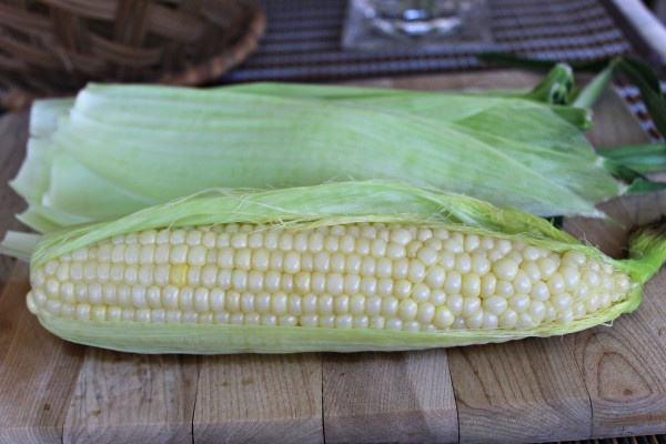 Fresh Corn on the Cob Cooked to Perfection 2