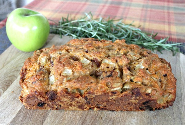 Apple Cheddar Bread 050a