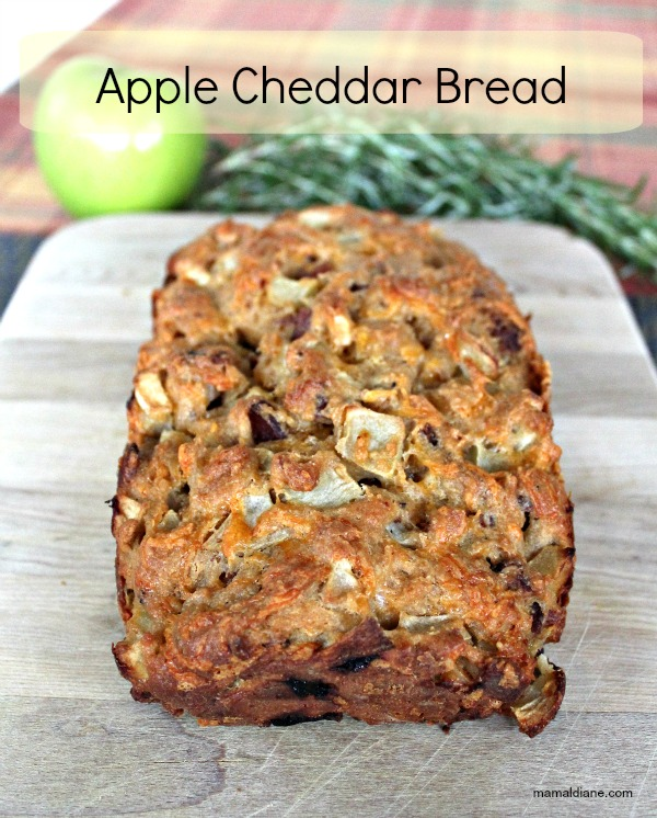 Apple Cheddar Bread 053a