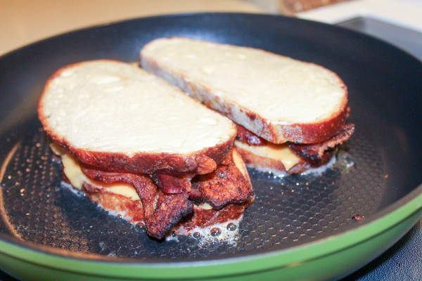 Grilled Bacon & Cheese Sandwich 024