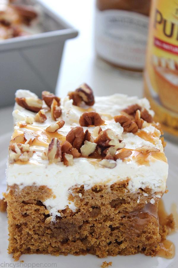pumpkin-caramel-poke-cake-3