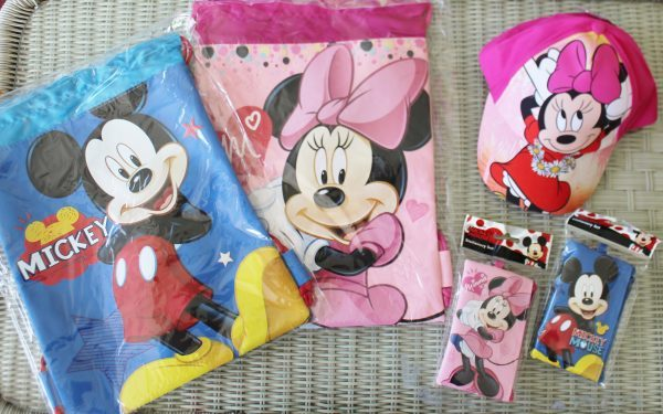 Mickey and Minnie back packs, wallets and Minnie Mouse pink hat
